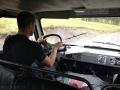 Kuba jako řidič UAZu na cestě do Ulaganu