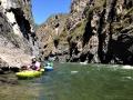 Bashkaus: první kaňon na lehkém úseku během prvního dne