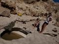 Wadi Bani Khalid: i ve 1400 metrech je voda, jen vědět, jak jí najít