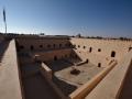Al-Mintrib: prohlídka malé pevnosti na kraji pouště