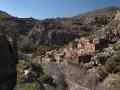 Opuštěná vesnice ve Wadi Bani Habib