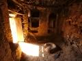 Wadi Bani Habib: interiér rozpadlého  domu