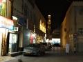 Nizwa: mešita z jedné z bočních uliček